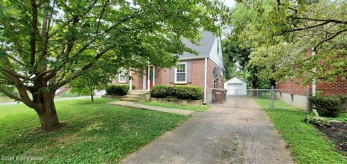 Photo of 3815 Ormond Rd, Louisville, KY 40207 (MLS # 1592465)