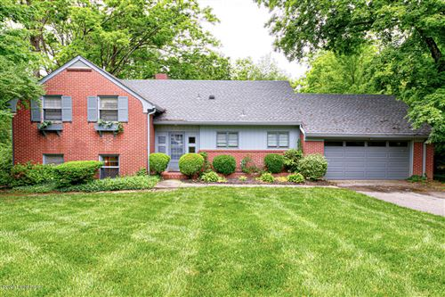 Photo of 712 Circle Hill Rd, Louisville, KY 40207 (MLS # 1560468)