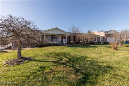 Photo of 2000 Croft Circle Dr, Crestwood, KY 40014 (MLS # 1574472)