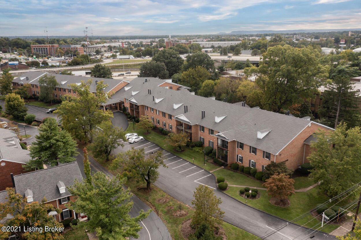Photo for 1612 Gardiner Ln #214, Louisville, KY 40205 (MLS # 1598474)