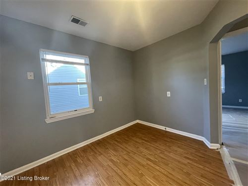 Tiny photo for 530 Marquette Dr, Louisville, KY 40222 (MLS # 1577481)