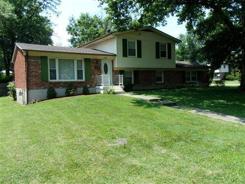 Photo of 6708 Fernview Rd, Louisville, KY 40291 (MLS # 1563483)