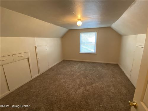 Tiny photo for 627 Marquette Dr, Louisville, KY 40222 (MLS # 1598488)