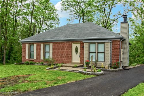 Photo of 5617 Windy Willow Dr, Louisville, KY 40241 (MLS # 1560495)