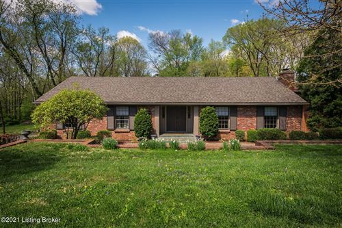 Photo of 3307 Winchester Rd, Louisville, KY 40207 (MLS # 1583503)