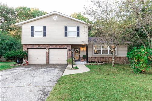 Photo of 6506 Montego Bay Rd, Louisville, KY 40228 (MLS # 1570511)