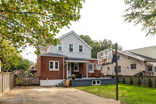 Tiny photo for 202 Oxford Pl, Louisville, KY 40207 (MLS # 1598530)