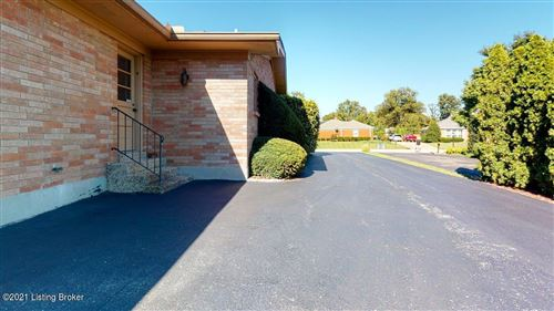 Tiny photo for 3008 Hayfield Dr, Louisville, KY 40205 (MLS # 1598532)