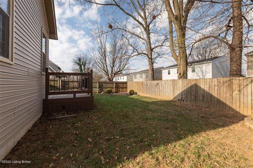 Tiny photo for 10501 Sandbourne Way, Louisville, KY 40241 (MLS # 1574533)