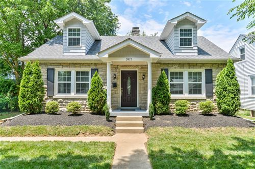 Photo of 3917 Hycliffe Ave, Louisville, KY 40207 (MLS # 1563571)