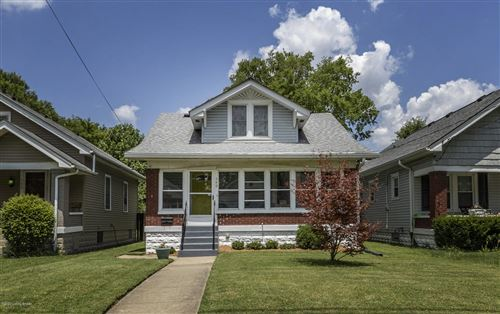 Photo of 549 E Barbee Ave, Louisville, KY 40217 (MLS # 1563594)