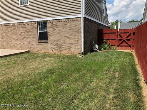Tiny photo for 5009 Cronin Dr, Louisville, KY 40245 (MLS # 1583596)