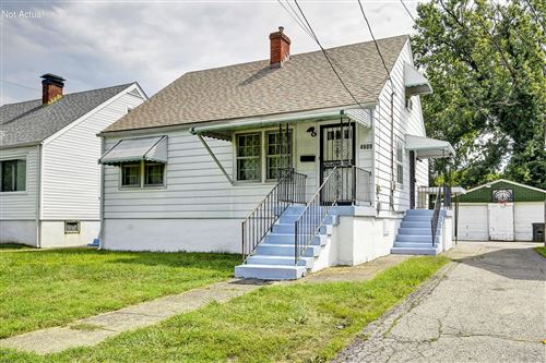 Photo of 4609 Peachtree Ave, Louisville, KY 40215 (MLS # 1563602)