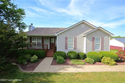 Photo of 310 Summer Place Dr, Taylorsville, KY 40071 (MLS # 1588611)