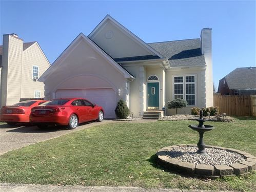 Photo of 8806 Brittany Dr, Louisville, KY 40220 (MLS # 1553612)
