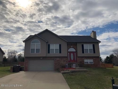 Photo of 3414 Morning Ct Ct, Shelbyville, KY 40065 (MLS # 1553621)