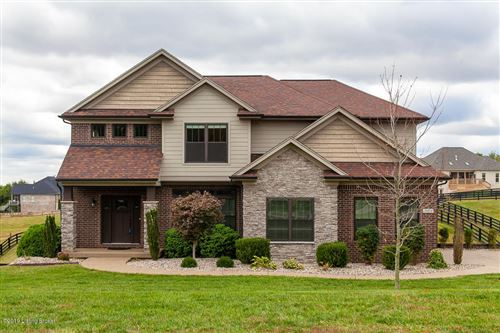 Photo of 7404 Grand Oaks Dr, Crestwood, KY 40014 (MLS # 1539648)
