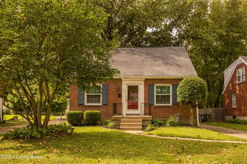 Photo of 210 Brown Ave, Louisville, KY 40207 (MLS # 1598662)