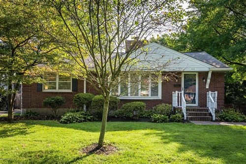 Photo of 313 Bramton Rd, Louisville, KY 40207 (MLS # 1569663)