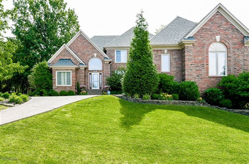 Photo of 1607 Majestic Woods Pl, Louisville, KY 40245 (MLS # 1564666)