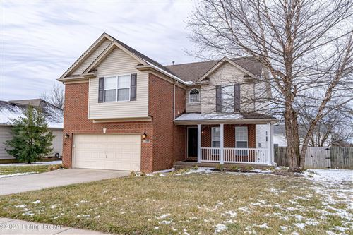 Photo of 3104 Pheasant Ct, Shelbyville, KY 40065 (MLS # 1579673)