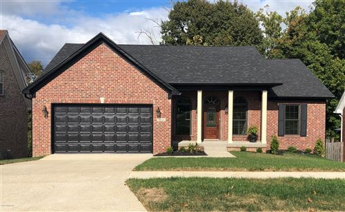 Photo of 6621 Brook Valley Dr, Louisville, KY 40228 (MLS # 1571684)