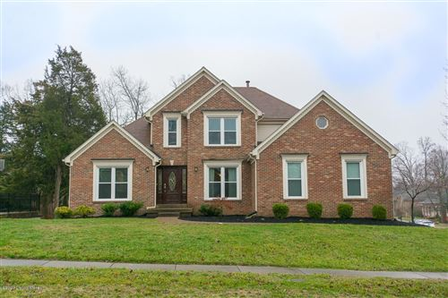 Photo of 4201 Saratoga Woods Dr, Louisville, KY 40299 (MLS # 1558715)