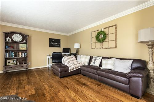 Tiny photo for 2205 Bell Tavern Ct, Louisville, KY 40207 (MLS # 1582716)