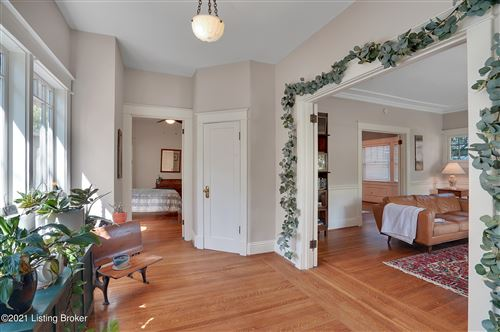Tiny photo for 212 Hillcrest Ave, Louisville, KY 40206 (MLS # 1584717)