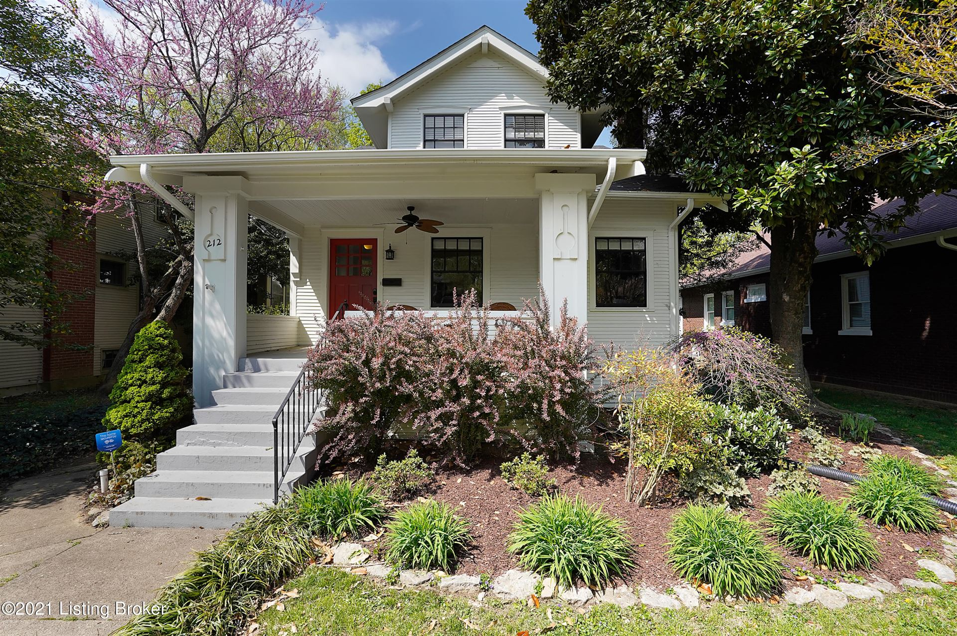 Photo for 212 Hillcrest Ave, Louisville, KY 40206 (MLS # 1584717)