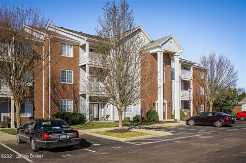 Photo of 2704 Bradford Commons Dr #204, Louisville, KY 40299 (MLS # 1579718)