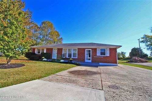 Photo of 1245 Mary Ross Ave, Shelbyville, KY 40065 (MLS # 1575721)