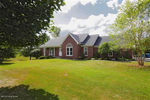 Photo of 2112 Clarke Pointe Dr, Crestwood, KY 40014 (MLS # 1540725)
