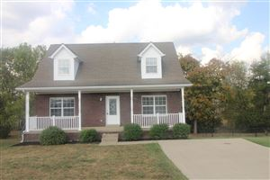 Photo of 181 Meadow Park Ct, Mt Washington, KY 40047 (MLS # 1543725)