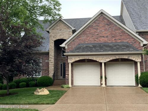 Photo of 3227 Ridge Brook Cir, Louisville, KY 40245 (MLS # 1588725)
