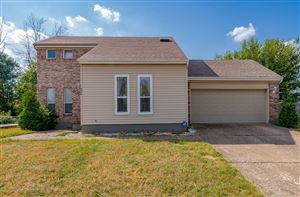Photo of 4400 Cosby Ct, Louisville, KY 40218 (MLS # 1543733)