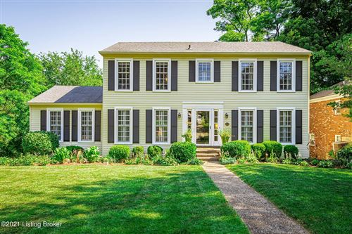Photo of 2416 Stannye Dr, Louisville, KY 40222 (MLS # 1588738)