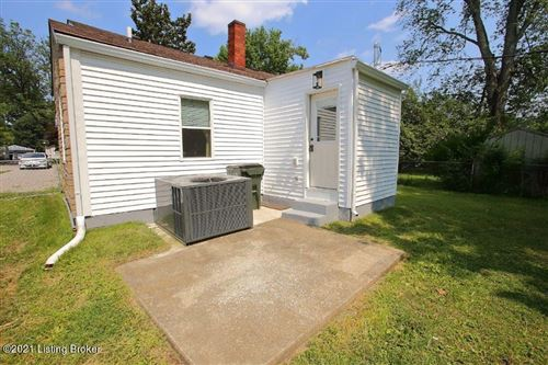 Tiny photo for 628 Marquette Dr, Louisville, KY 40222 (MLS # 1595744)