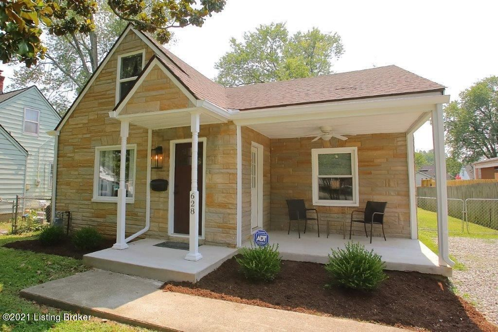 Photo for 628 Marquette Dr, Louisville, KY 40222 (MLS # 1595744)