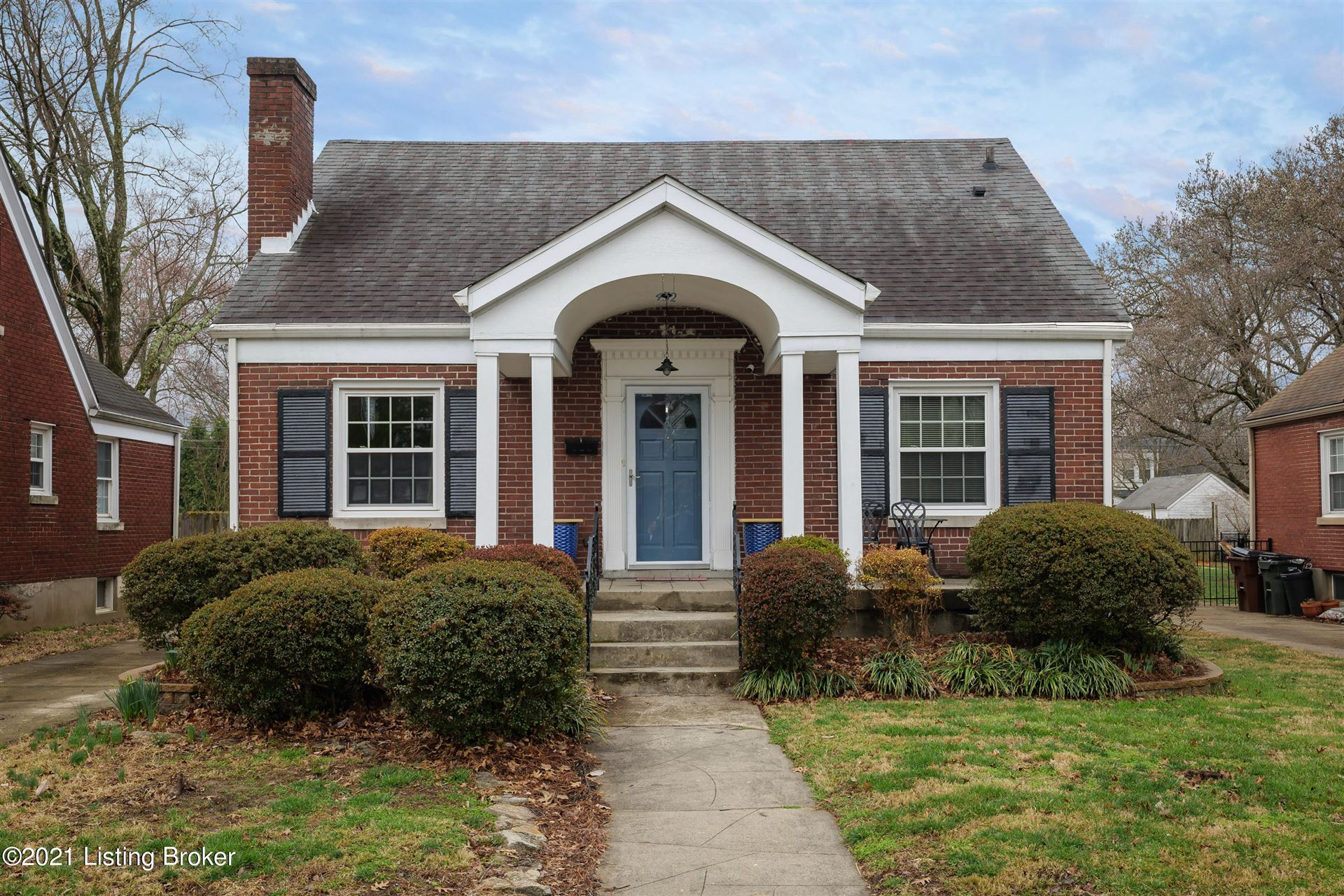 Photo for 432 Bauer Ave, Louisville, KY 40207 (MLS # 1582749)