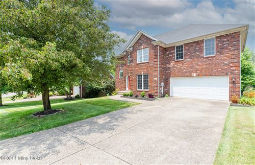 Photo of 4711 Redbud Forest Pl, Louisville, KY 40245 (MLS # 1588760)
