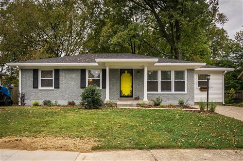 Photo of 3804 Chatham Rd, Louisville, KY 40218 (MLS # 1572769)