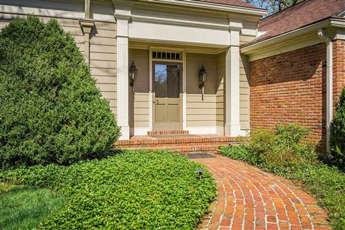 Tiny photo for 6 Arden Rd, Glenview, KY 40025 (MLS # 1582773)
