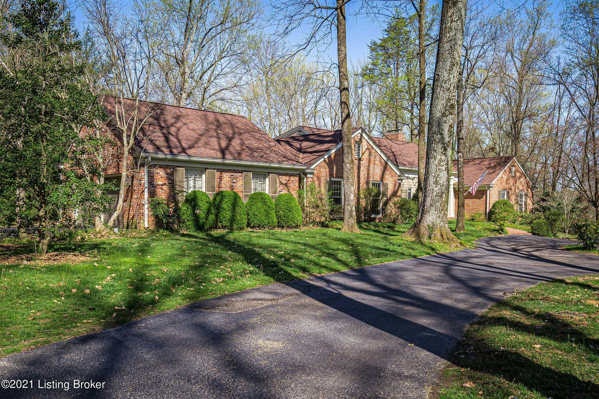 Photo for 6 Arden Rd, Glenview, KY 40025 (MLS # 1582773)