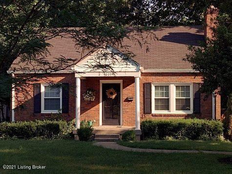 Photo of 4009 Brookfield Ave, Louisville, KY 40207 (MLS # 1590792)
