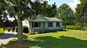 Photo of 380 Gorhams Rd, Shelbyville, KY 40065 (MLS # 1539815)