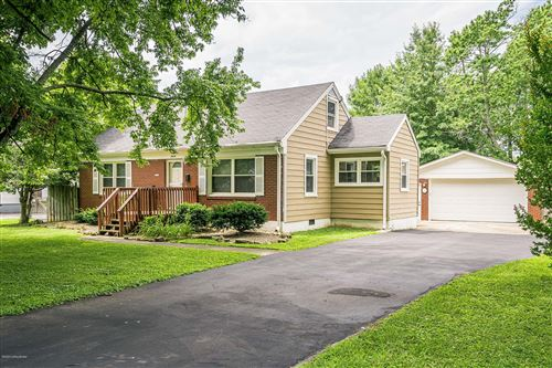 Photo of 4936 forest park Dr, Louisville, KY 40219 (MLS # 1565835)