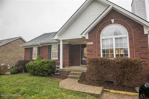 Photo of 8710 Vision Pl, Louisville, KY 40229 (MLS # 1548840)