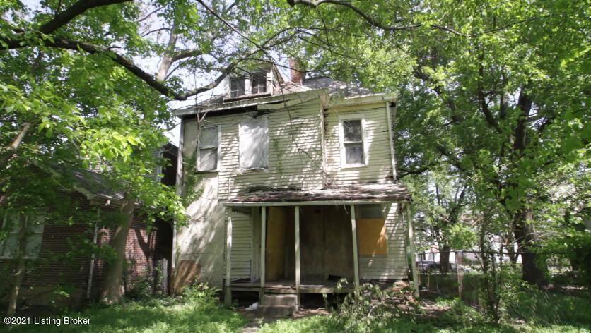 Photo of 2702 W Main, Louisville, KY 40212 (MLS # 1584880)