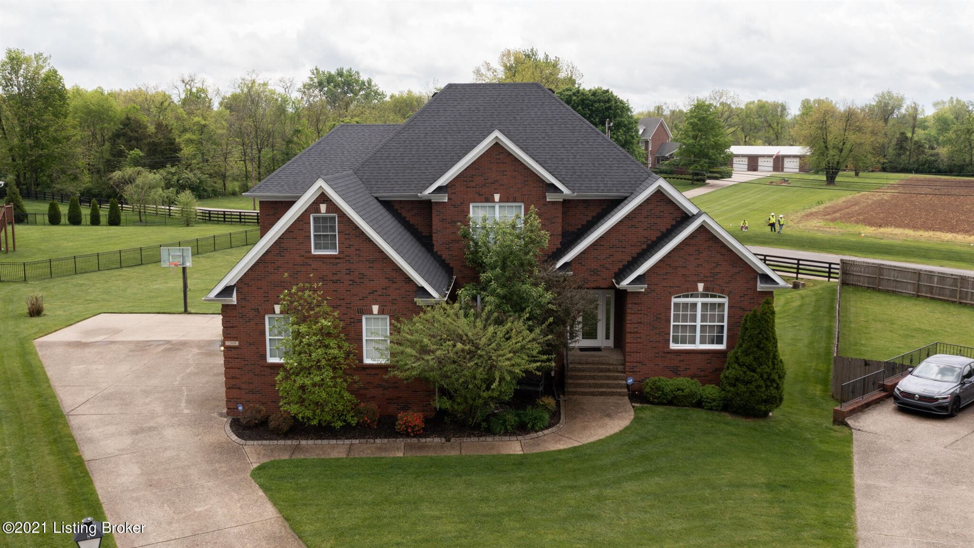 Photo of 12809 Willow Park Dr, Louisville, KY 40299 (MLS # 1584882)